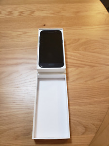 Samsung A5 (Mint Condition)