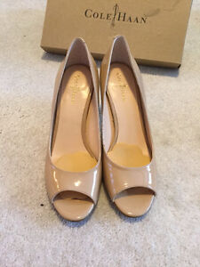 cole hann leather pumps (beige color, almost new in box)