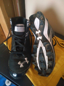 Under Armour Football Cleats Size 8 1/2