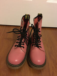 some used shoes offer cheap price