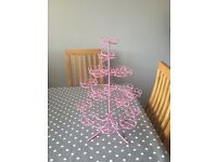 Pink spiral cup cake stand