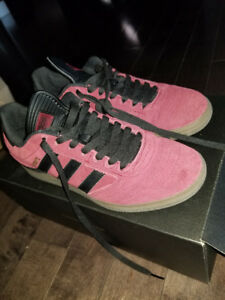 Adidas Busenitz Skateboard Shoes SIze 7.5 Mens Red