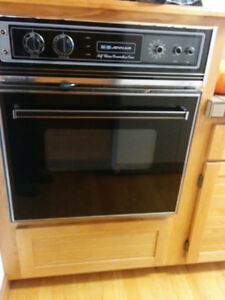 JENN-AIR STOVE TOP & BUILT IN OVEN