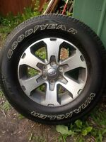 275/65/18 2014 f150 fx4 stock rims and tires