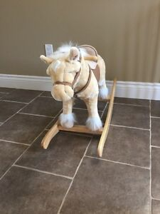 ANIMATED ROCKING HORSE **LIKE NEW**