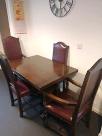 Solid oak jaycee extendable dinning table
