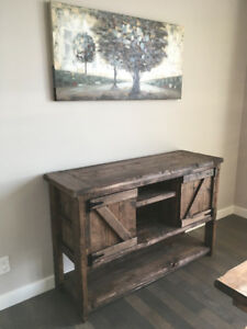 Custom Made Rustic Furniture Pieces