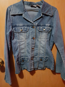 Women's Jean Jacket (size medium)