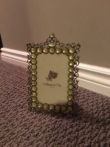 Beautiful frame only 5$!