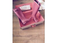 Hunter wellies in raspberry size UK 5