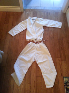 Children's karate uniform