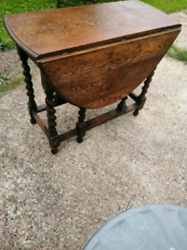Antique Oak Table. Barley Twist Table.