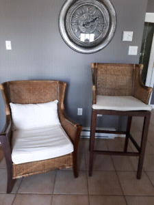 Wicker rattan  bar stools (4) and armchairs (2)