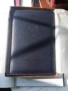 Great Gift - Leather Gift Registry Oakville / Halton Region Toronto (GTA) image 1