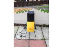 PORTABLE WOOD CHIPPER £40