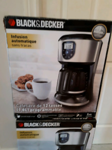 CAFETIÈRE BLACK AND DECKER