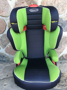 Graco Turbo Booster car seats (selling 2 of them)