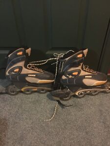 Bauer Women's Size 9 Rollerblades in Great Condition!