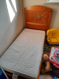 *FREE* Toddler bed and mattress