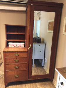 ARMOIRE COMMODE VINTAGE