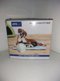 Brand new in box self heating pet bed