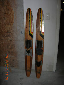 Water Skis Regina Regina Area image 1