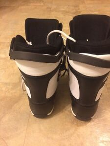 Men's Size 7 snowboard boots Prince George British Columbia image 2