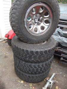 265-70-17in Tires