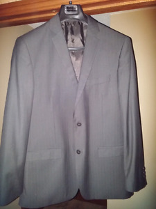 Grey pinstripe suit size 44 with pants brand new