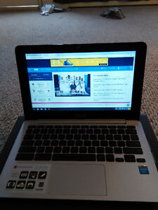 ASUS Chromebook C200 – With up to 11 hours battery life