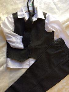 Boys formal outfit size 12-18mo. (Suit w/o jacket) London Ontario image 1