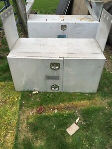 4 and 5 foot storage boxes for a trailer and a whale tail