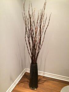 Décoration. Vase et branches