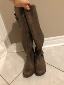 Steve Madden knee-high brown boots