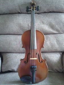 3/4 size violin-ready to play