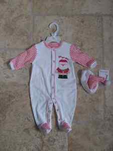 New Christmas Sleeper and Hat - Size 3 month/8-12Lbs