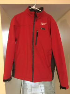 Heated Milwaukee Jacket Men's L **BATTERY INCLUDED** BO