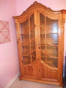 Reduced to sell -Beautiful Pine Cabinet w/glass doors and sides.