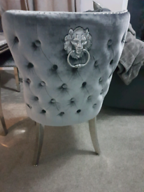 Knockerback chairs brand new put them together too big for front room