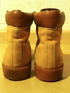 Men's Hardy Leather Boots Size 8.5 London Ontario image 3