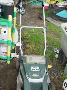 Yardworks 40v Electric Lawnmower - Good Condition