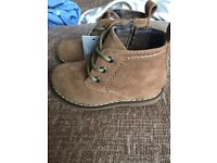Size 4 brown suede boot shoes