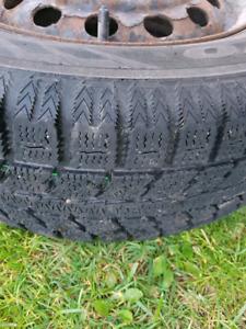 roue et Pneus  hiver civic 2002
