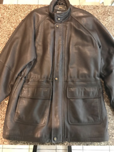 Mens 3/4 length Danier leather jacket.