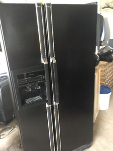 Kenmore Side By Side Fridge/Freezer