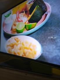 """Samsung 46"""" smart TV WIFI"""