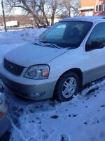 2005 FORD FREESTAR SEL 2700$ 133000 km