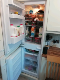 Newworld integrated fridge freezer
