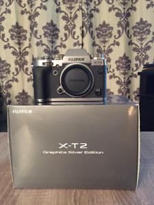Fujifilm X-T2 boîtier argent Graphite+Fujinon 18-55mm f/2.8-4 R