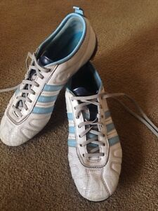 Adidas women's outdoor soccer cleats size 7 1/2